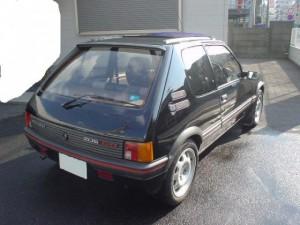 p205gti-blk-2